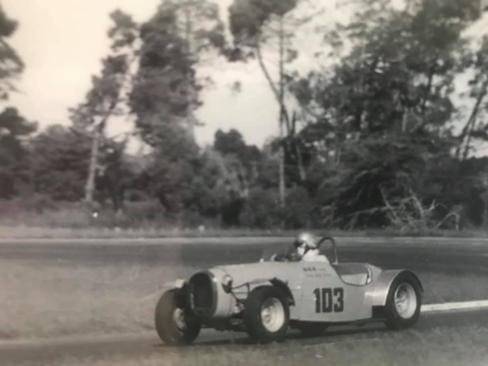 Name:  Bucklers in NZ #116 Pukekohe 1970's Wally Bower Kevin Lancaster.jpg Views: 94 Size:  40.1 KB