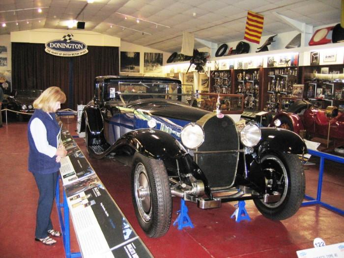 Name:  204_0702_05 Bugatti r.JPG Views: 72 Size:  134.3 KB