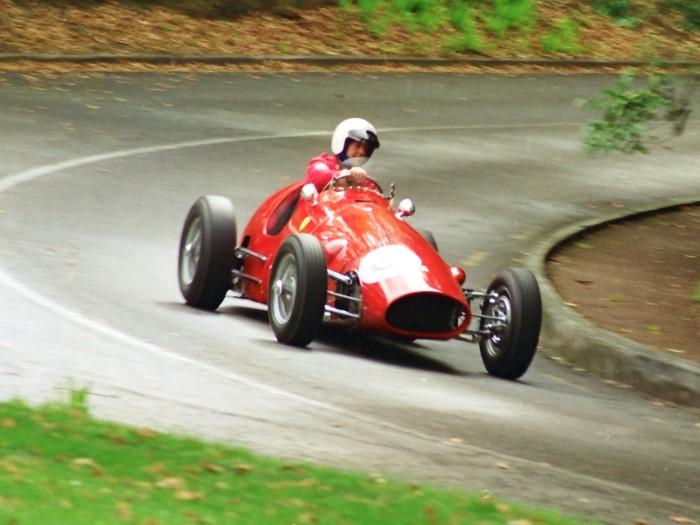 Name:  197_0504_120 Ferrari r.jpg Views: 468 Size:  85.5 KB