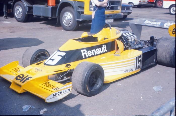 Name:  177_0716_370  Renault.JPG Views: 437 Size:  81.2 KB