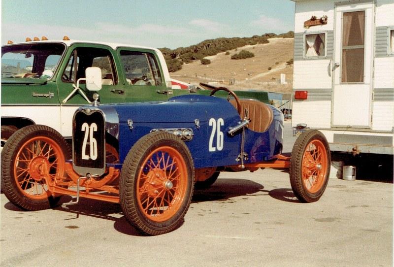 Name:  Monterey Historics 1982  Vintage Racer #2, CCI11092015 (2) (800x542).jpg Views: 512 Size:  154.8 KB