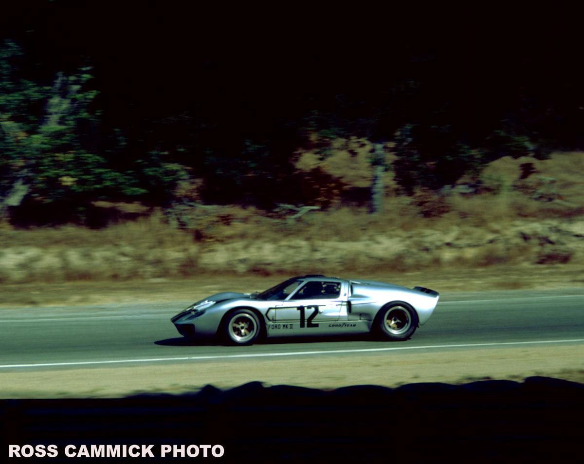 Name:  GT40-Laguna82.jpg Views: 565 Size:  121.1 KB