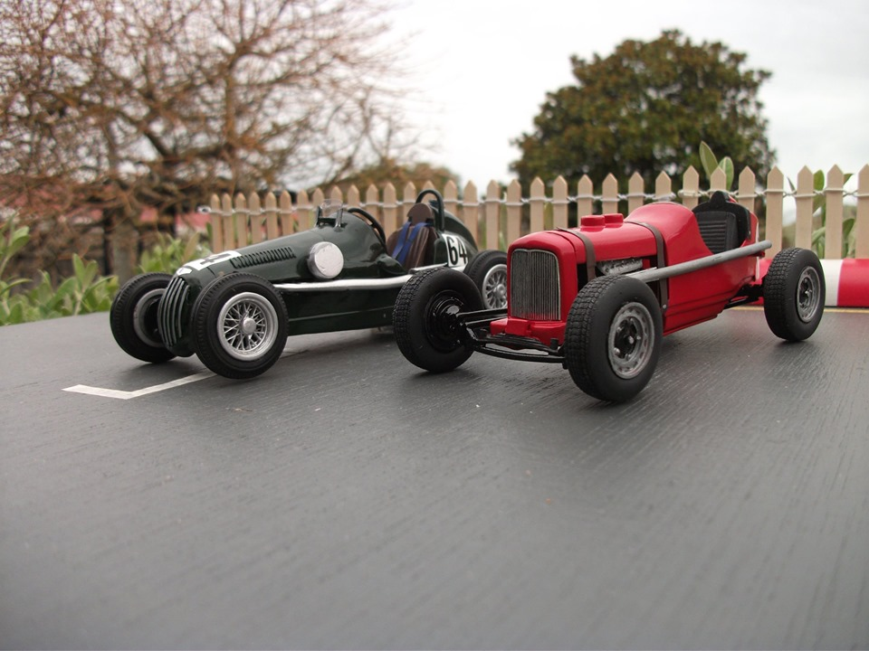 Name:  Jim Bennett Furi Cars #105 Furi 9 with Leversedge Special  2 Tony Lucas model 15  Lucas .jpg