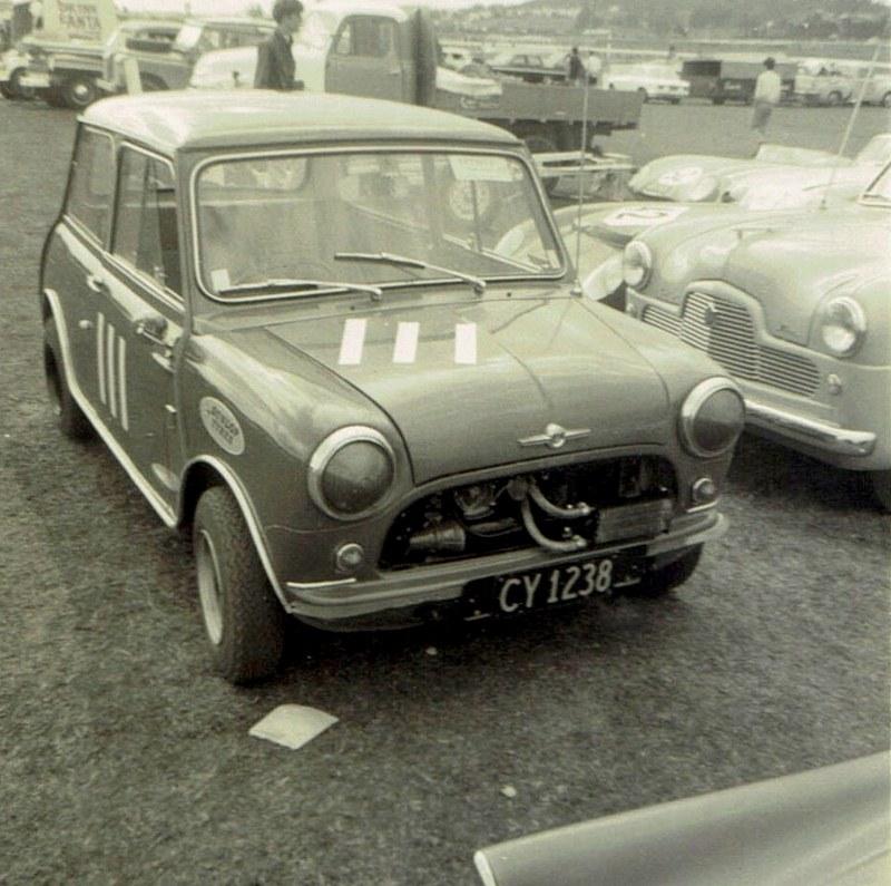 Name:  Pukekohe April 1966 #5, Morris Cooper CCI12102015_0002 (800x795).jpg Views: 4204 Size:  165.9 KB