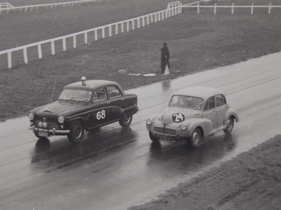 Name:  Pukekohe 1963 #17 A90 Hadfield Morris Minor Ron Brown March 63 Alan Boyle .jpg Views: 267 Size:  57.0 KB