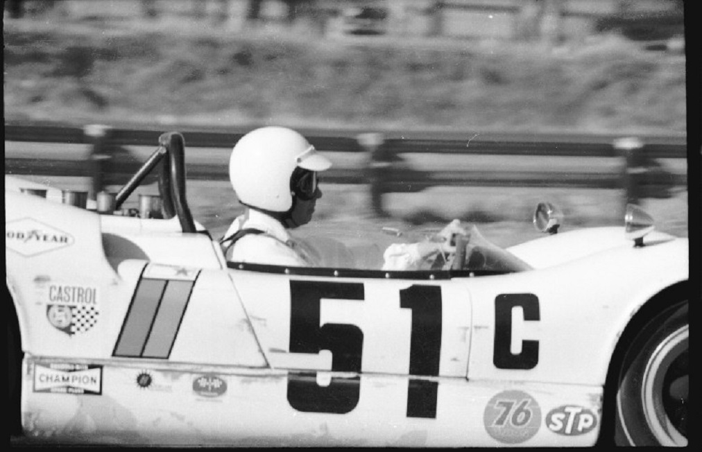 Name:  McLAREN Mk I JOE STARKEY p1 GVR FEB 1967.jpg Views: 122 Size:  148.2 KB