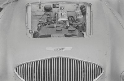 Name:  AH 100 #083 Healey 100 1952 prototype - engine AH Historic Pictures .jpg