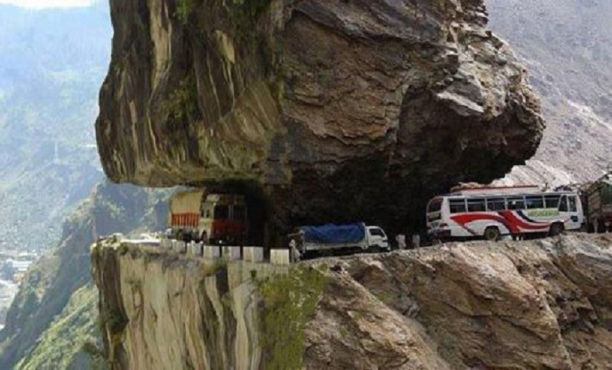 Name:  On the bus, a real cliff hanger.jpg Views: 373 Size:  146.5 KB