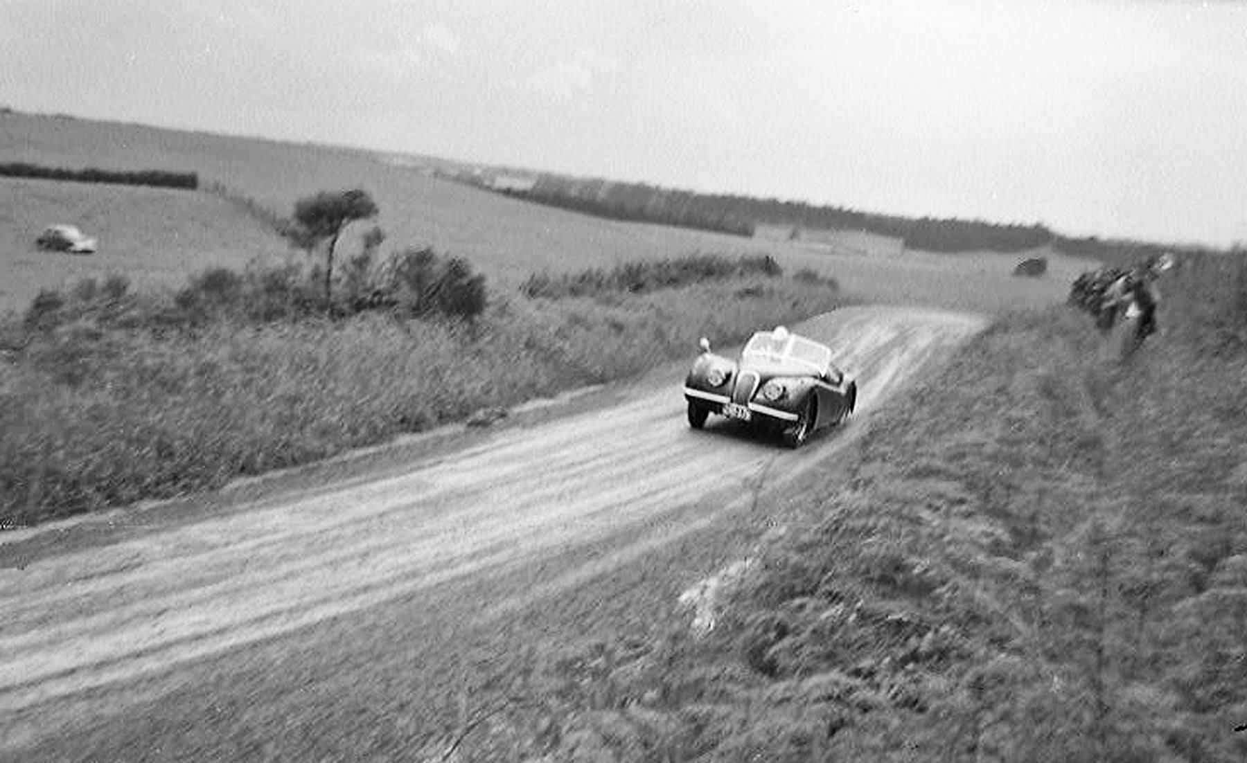 Name:  NSCC 1959 #181 Jaguar XK120 1959 Ostrich Farm Road hillclimb .jpg Views: 59 Size:  177.5 KB