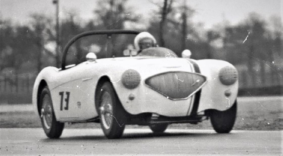 Name:  AH 100 #111 AH race # 73 GVR FEB 1967 Jerry Melton Ken Hyndman archives .jpg Views: 126 Size:  142.9 KB