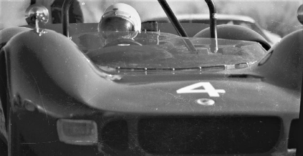 Name:  McLAREN Mk I BOB AYLWARD p6 GVR FEB 1967.jpg Views: 138 Size:  125.4 KB