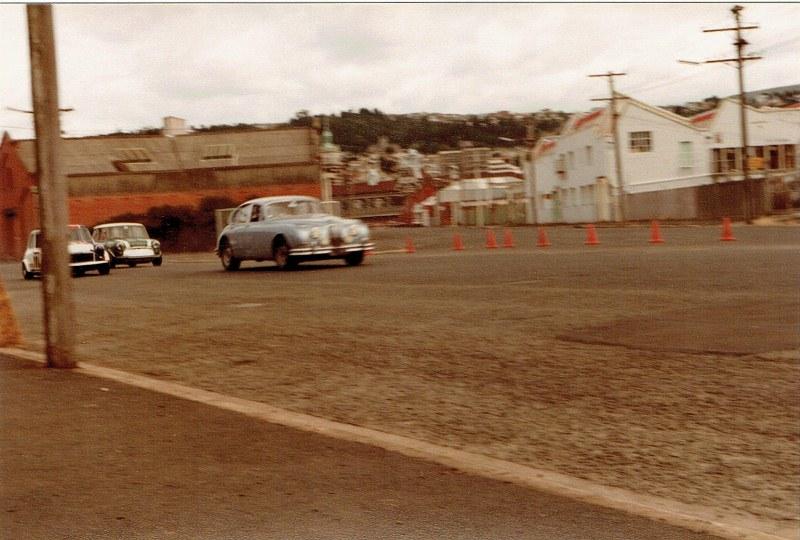 Name:  Dunedin Festival 1984 #21 Jag and Minis CCI27102015 (800x540).jpg Views: 1775 Size:  130.6 KB