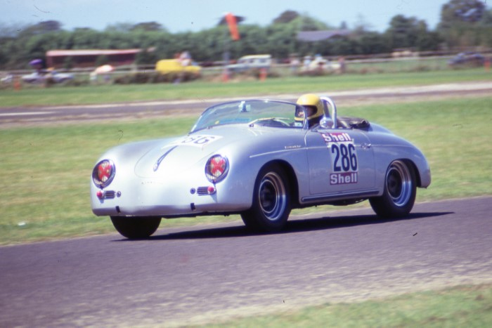 Name:  189_0128_855 Porsche.jpg Views: 270 Size:  74.6 KB