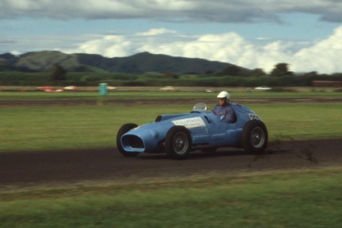 Name:  189_0129_469 Ferrari.jpg Views: 338 Size:  59.3 KB