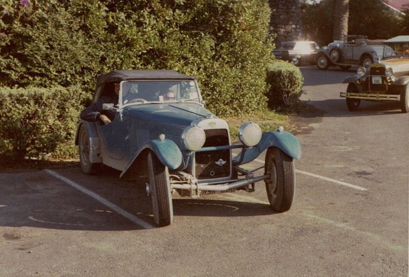Name:  Vintage Rally 1972 #26 1939 HRG 17 CCI03052016 (800x541).jpg Views: 896 Size:  154.2 KB