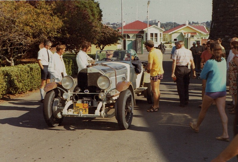 Name:  Vintage Rally 1972 #42 1924 Mercedes angled view 33 CCI08052016_0005 (800x545).jpg Views: 1219 Size:  147.1 KB