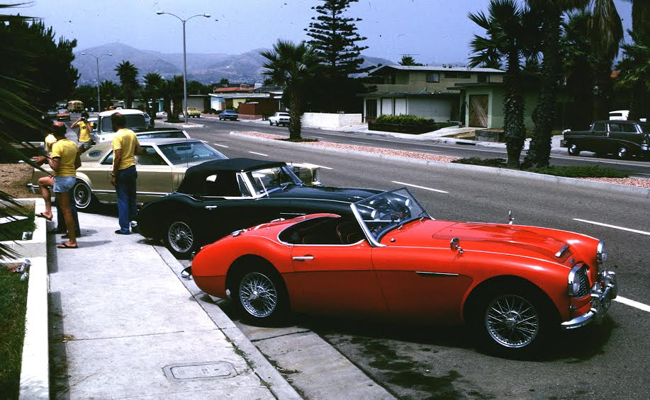 Name:  Healey trip #203 Healeys and Lincoln Ventura July 1982 Ross Cammick .jpg Views: 109 Size:  90.6 KB
