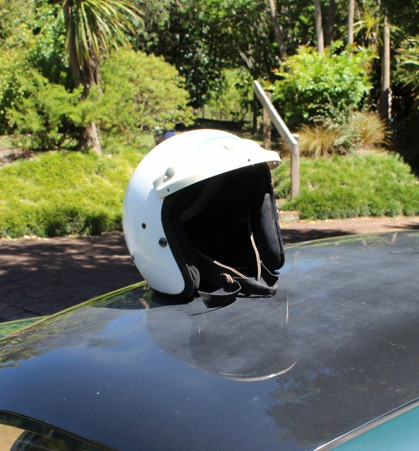 Name:  MX5 #100 and Helmet Max Cheshire 586 (594x640) (2).jpg Views: 218 Size:  139.4 KB