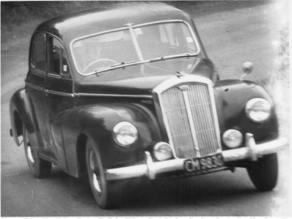 Name:  Specials #5 Wolseley 6-80 with GMC 1970's photo Jim Bennett  (2).jpg Views: 129 Size:  68.1 KB