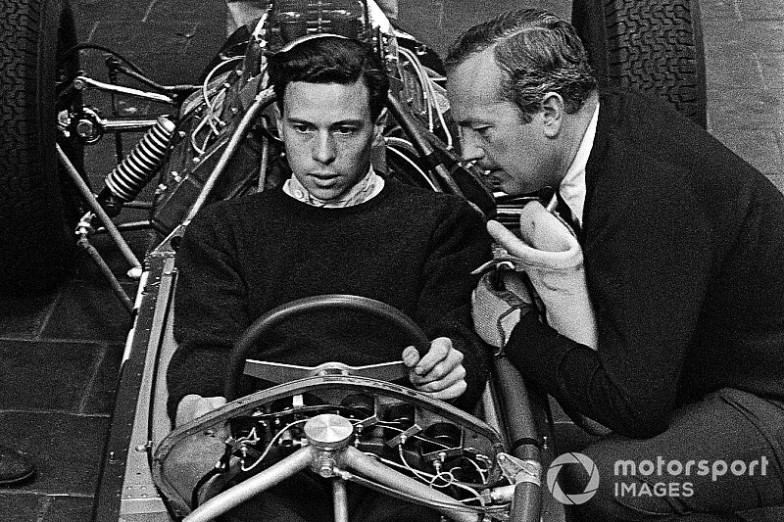 Name:  jim-clark-team-lotus-colin-chapman.jpg