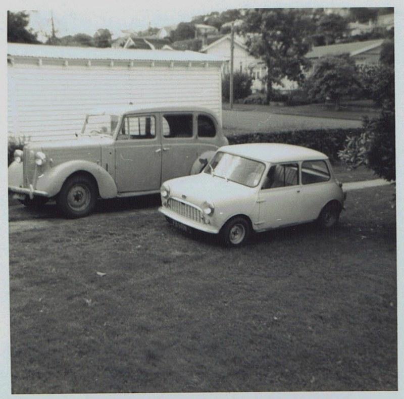 Name:  Cars by Roger Dowding #16 1950 Austin FL1 Hire Car Mt Albert 5 May 1973 CCI04022016_0007 (800x79.jpg Views: 69 Size:  140.9 KB