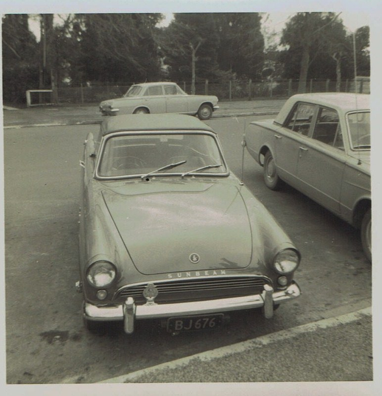 Name:  Cars by Roger Dowding #20 Sunbeam Alpine ; 1965 CCI05022016_0004 (772x800).jpg Views: 41 Size:  138.6 KB