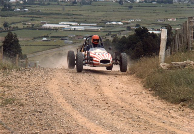 Name:  Ross McCorkindale at Cossey's Farm 1985.jpg Views: 680 Size:  70.2 KB