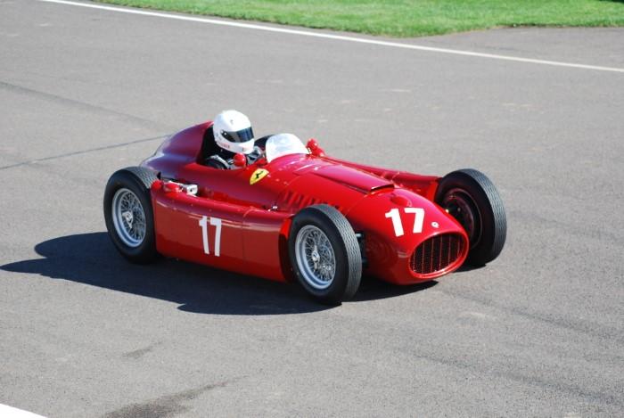 Name:  216_0911_338 Lancia r.JPG Views: 234 Size:  115.9 KB