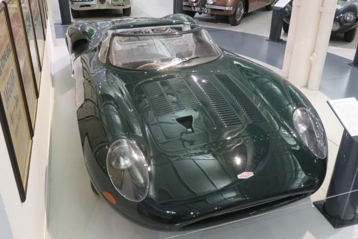 Name:  218_0904_052 Jaguar.JPG Views: 272 Size:  98.6 KB