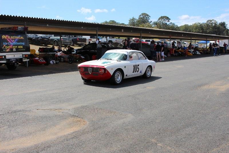 Name:  Lakeside Classic, Alfa GT Junior pit lane #2, IMG_0198 (2) (800x533).jpg Views: 843 Size:  163.2 KB