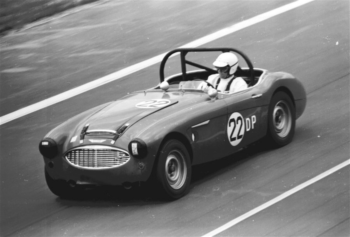 Name:  AUSTIN HEALEY 3000 229.jpg
