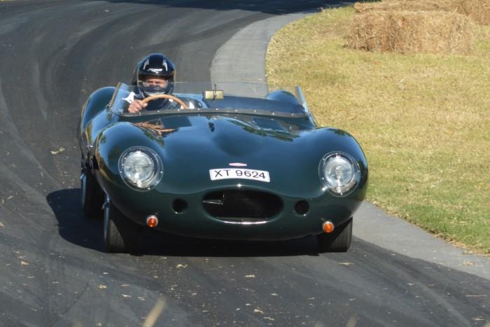 Name:  220_0209_079 Jaguar r.JPG Views: 57 Size:  122.6 KB