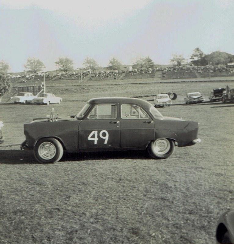 Name:  Pukekohe May 1966 #14, Zephyr Corvette K Bailey v2, CCI13102015_0003 (2) (766x800).jpg Views: 2880 Size:  145.5 KB