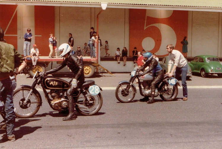 Name:  Dunedin Festival 1984, Motorcyles #1, CCI08102015 (750x503).jpg Views: 3091 Size:  129.2 KB