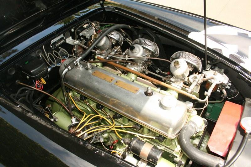Name:  AH 100 SIX #64 BN4 engine RH view Australia 50's 60's Tri-carb Patrick Quinn archives  (800x533).jpg Views: 150 Size:  152.3 KB