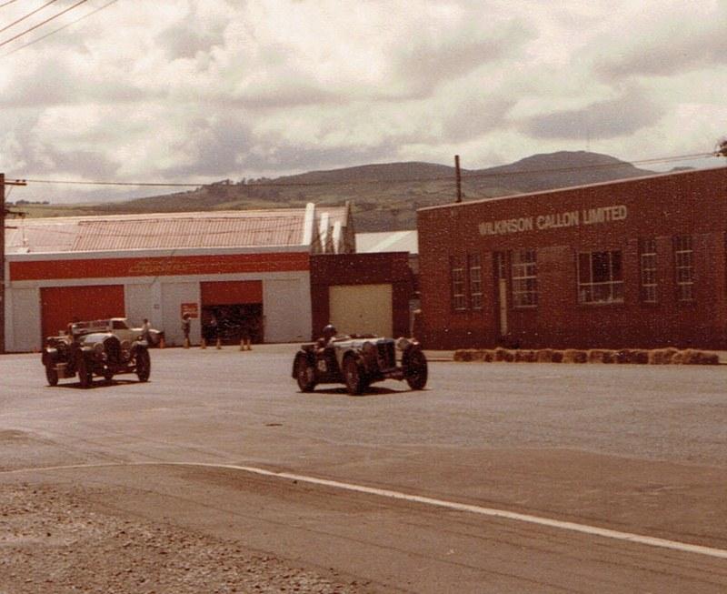 Name:  Dunedin Festival 1984 #37 Pre-war & Vintage #2, v2, CCI10112015_0001 (2) (800x653).jpg Views: 2034 Size:  141.2 KB