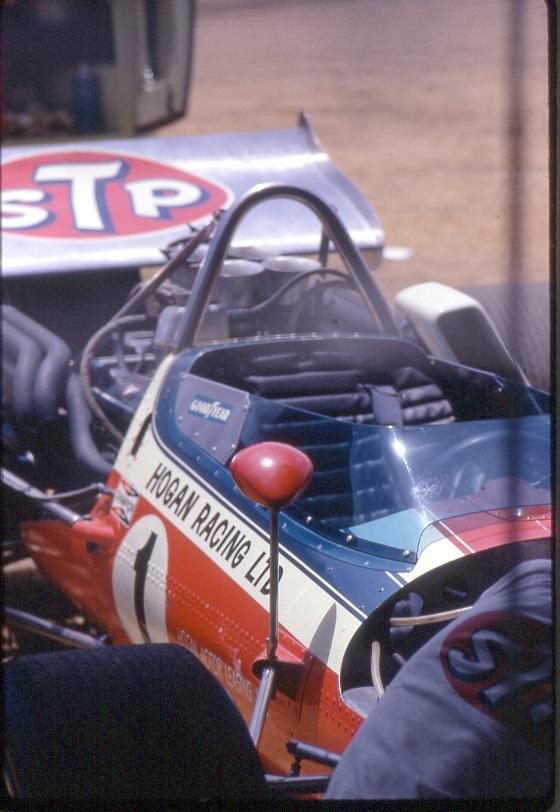 Name:  30 McLaren M10 at Levin.jpg Views: 940 Size:  154.5 KB