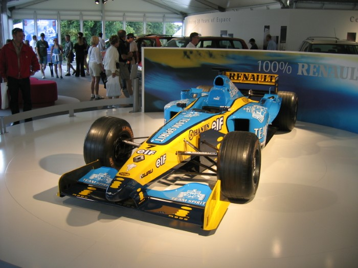 Name:  204_0625_124 Renault.JPG