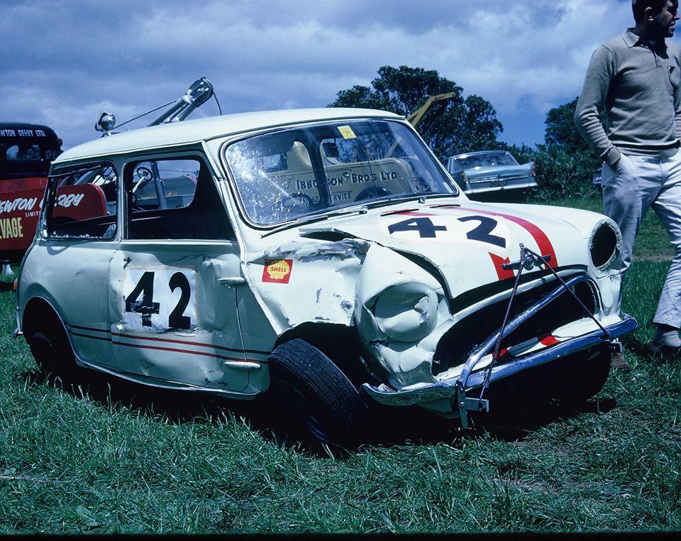 Name:  Motor Racing Paritutu #17 1965 John Fahey hit barrels Alan Boyle archives .jpg Views: 54 Size:  177.9 KB