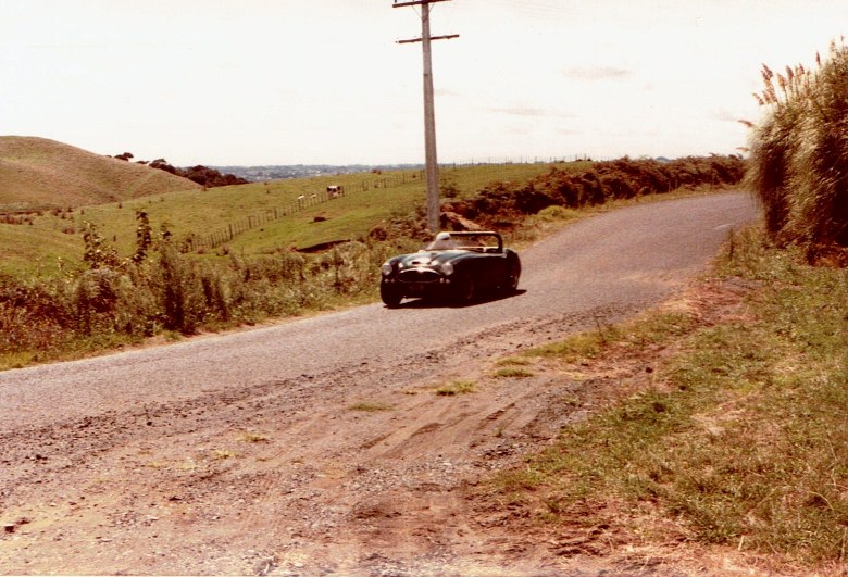 Name:  AHCCNZ Otaua Hill Climb 1985 #11  Healey 3000 #1, CCI27112015 (780x531).jpg Views: 707 Size:  154.6 KB