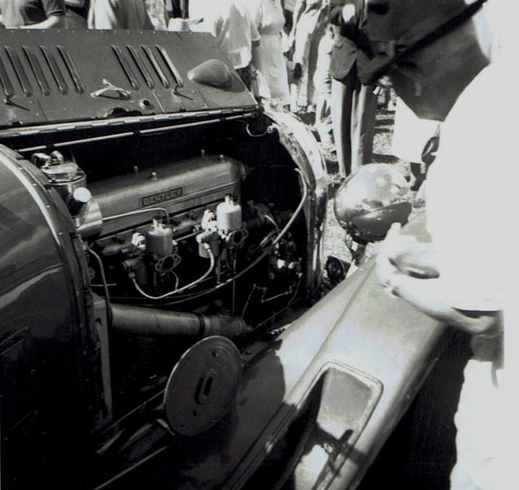 Name:  Vintage Rally 1968 Western Spings #14 Bentley engine & SU's CCI23012016_0001 (750x708).jpg Views: 1637 Size:  134.2 KB