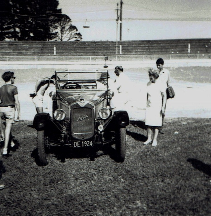 Name:  Vintage Rally 1968 Western Spings #17 1924 Austin 12 CCI23012016_0004 (731x750).jpg Views: 1650 Size:  167.5 KB