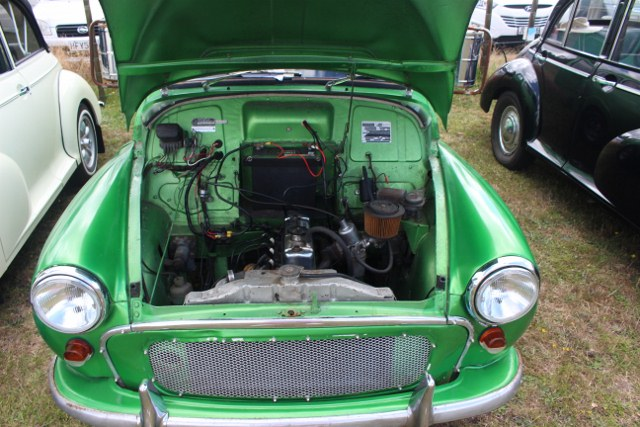 Name:  C and C 2021 #245 Pahoia Morris Minor van engine 2021_02_13_2145 (640x427).jpg Views: 273 Size:  117.2 KB