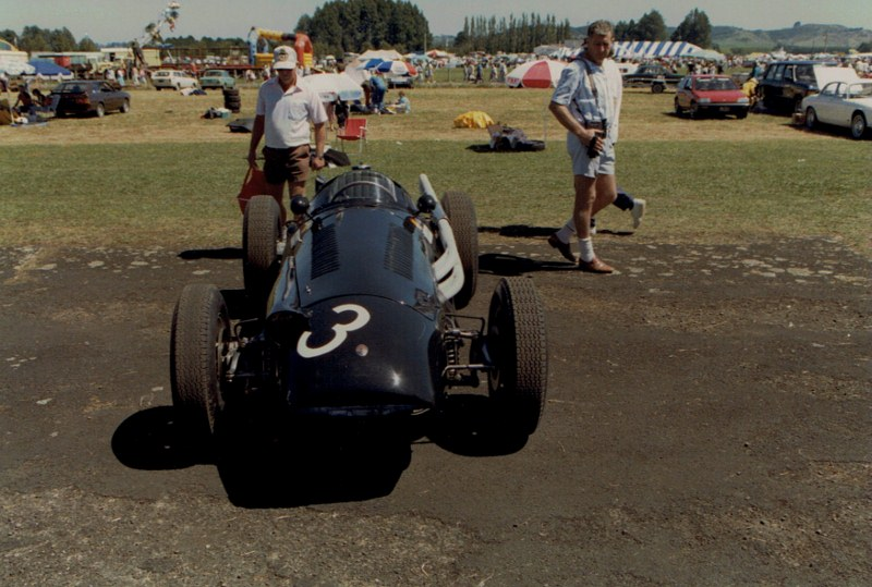 Name:  Ardmore Reunion 1989 #16 Maserati 250F  front view CCI10122015_0001 (800x539) (2).jpg Views: 328 Size:  136.2 KB