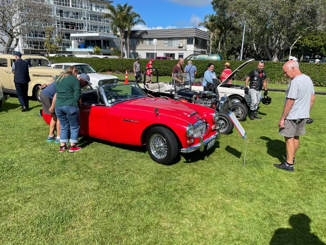 Name:  AH 3000 #170 C ROGBJ8  Tauranga VCC show Nov 2020 David Tomlinson (640x480).jpg