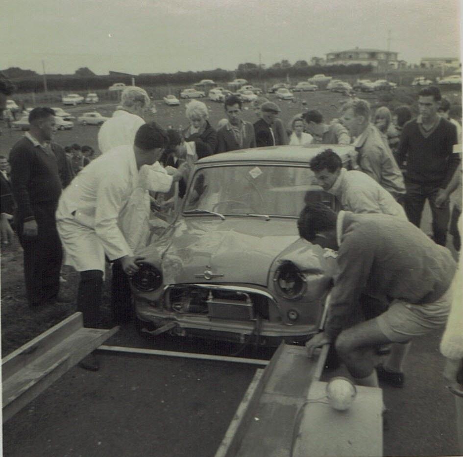 Name:  Mini Pukekohe April 1966 Ron Brown #2, CCI11102015_0002.jpg Views: 3613 Size:  165.4 KB