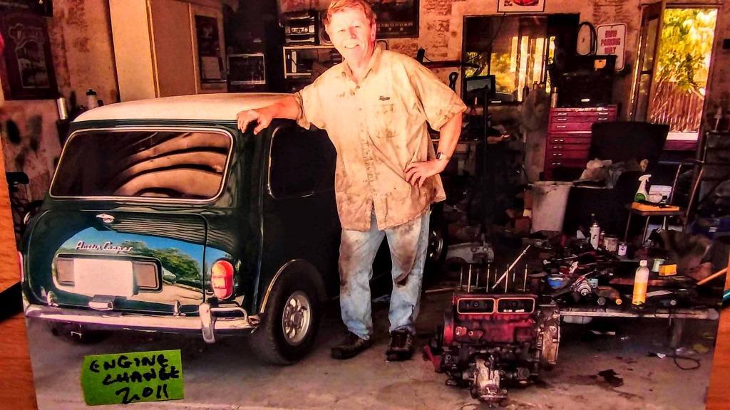Name:  Hyndman garage 2011.jpg Views: 61 Size:  116.3 KB