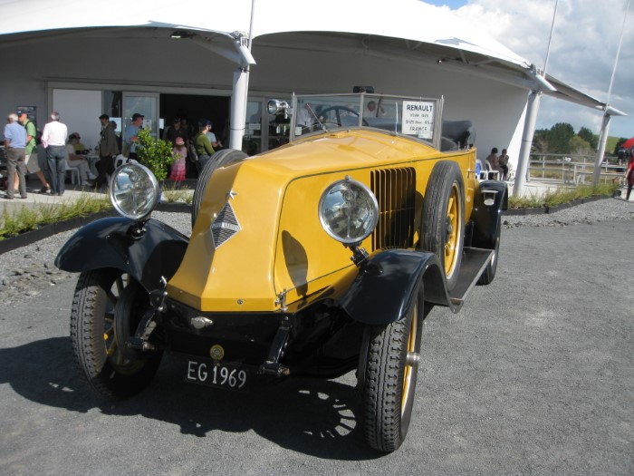 Name:  212_0414_37 Renault.JPG Views: 106 Size:  107.1 KB