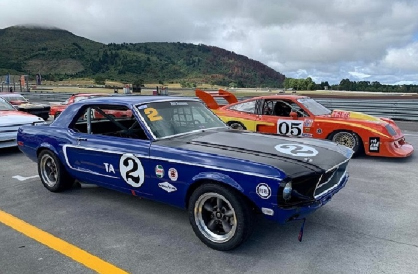 Name:  # 2 Mustang ready to race.jpg Views: 89 Size:  171.6 KB