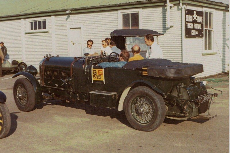 Name:  Vintage Rally 1972 #35 1930 Bentley moving off 26 CCI06052016_0003 (800x533).jpg